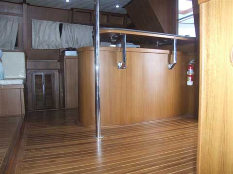 HK40' - Catamaran Interior - Click to zoom