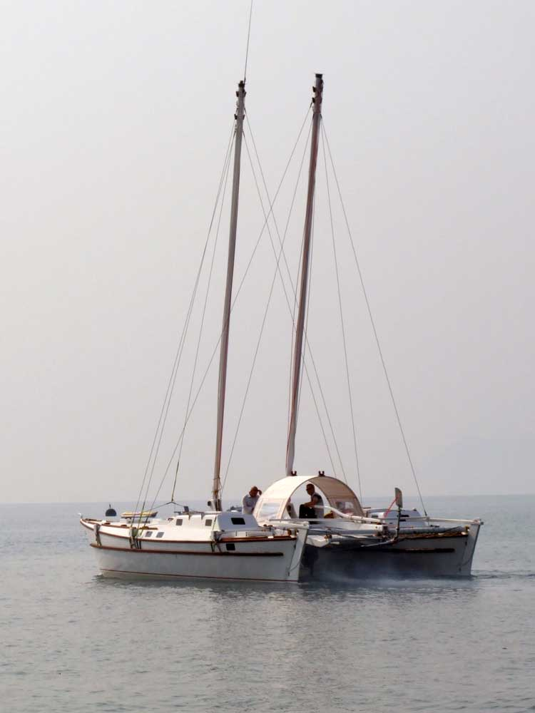 Sailing Catamaran Tiki 38