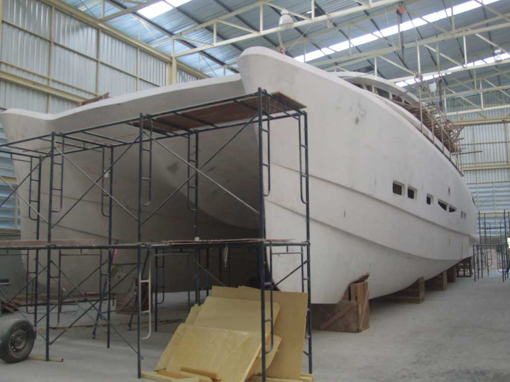 Catamaran Motor Yacht