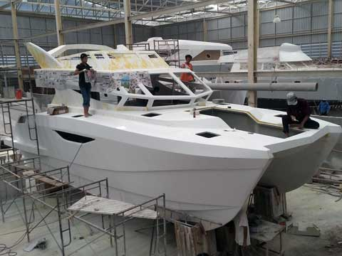 Power Catamaran WR 36' - Click me to open the gallery